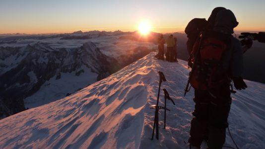 Lever Du Jour Sur Le Mont Blanc